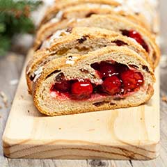Sweet-Cherry-Chocolate-Bread